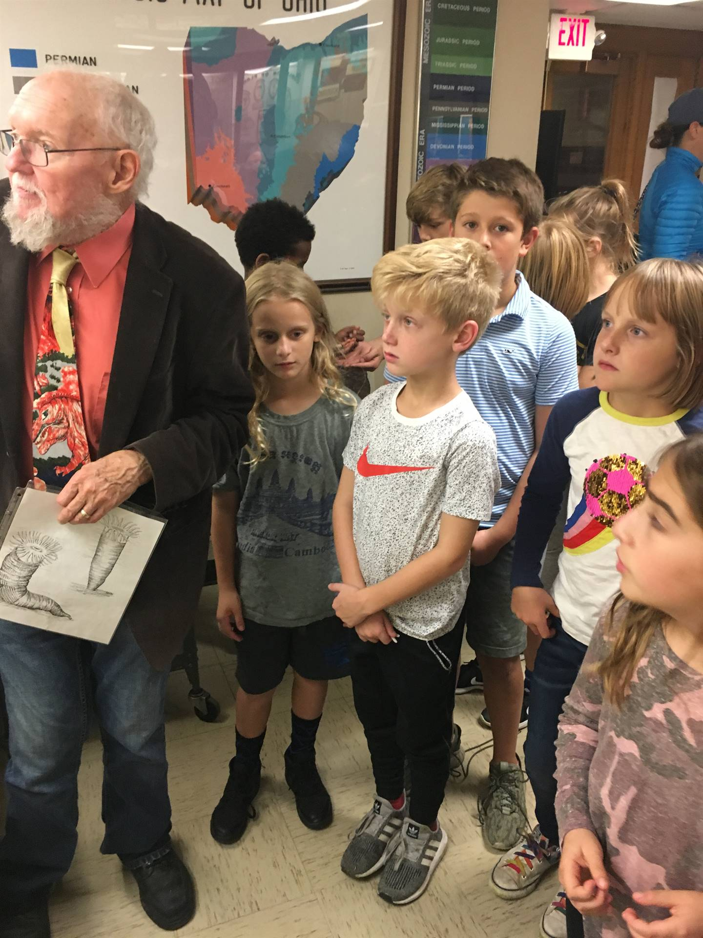 Grade 4 tours the Geology Museum at The Ohio State University