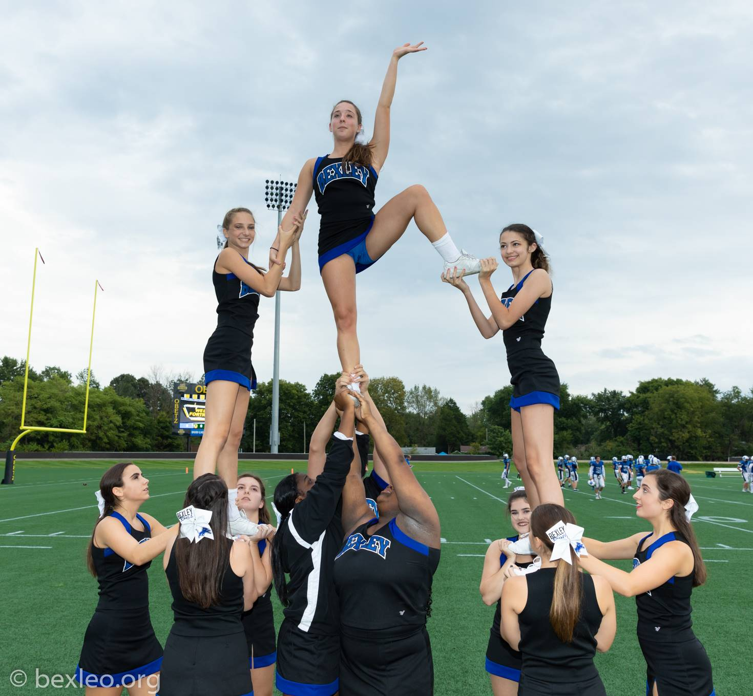 Cheerleaders warming up for the game